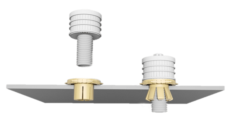 Nozzles with expanding ring